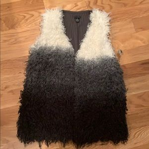 NWT NEW DIRECTIONS VEST